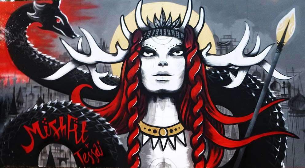 Latitude Festival, Mishfit, Live art, Graffiti, Warrior Queen