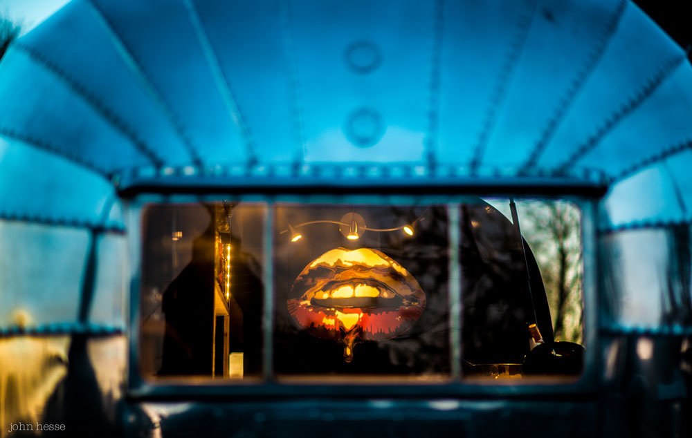 Art By Mishfit - The Bullet Bar, Stencil Graffiti Commission, Art, lips and bullets, Gold & Red, Art Deco, Airstream